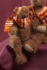 Вязаная шапочка для мишки Тедди