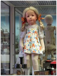 Мишки Тедди. Музей игрушки в башне Старой Ратуши / Мюнхен (Германия). Фото 13.