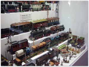 Мишки Тедди. Музей игрушки в башне Старой Ратуши / Мюнхен (Германия). Фото 14.