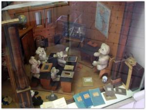 Мишки Тедди. Музей игрушки в башне Старой Ратуши / Мюнхен (Германия). Фото 31.