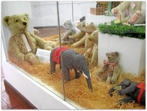 Мишки Тедди. Музей игрушки в башне Старой Ратуши / Мюнхен (Германия). Фото 38.