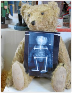 Мишки Тедди. Музей игрушки в башне Старой Ратуши / Мюнхен (Германия). Фото 44.