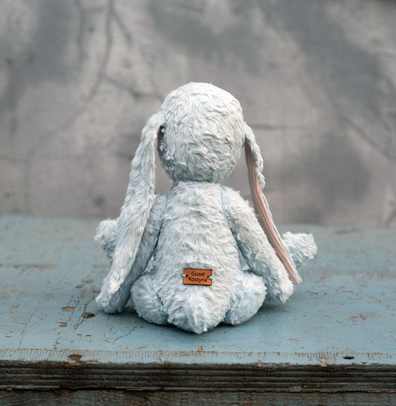 заяц зайка зайчик заяц из вискозы Гузель Костына Guzel Kostyna